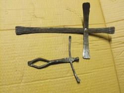 Egyedi Kovics-Manó alkotás Kovácsoltvas Jézus kereszt feszület korpusz vas industrial