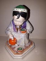 Orosz teát öntő kislány szobor