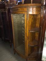 Oldalt polcos topolya vitrin