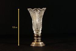 12cm Ezüst talpú Egy Szál Virágnak Való Csiszolt Kristályváza Patinás