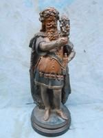 47cm-es 1800-as évek végi terrakotta szobor  jelzett, Rudolf Uffrecht alkotása.Hibátlan