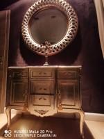 Ezüst színű antik restaurált gyönyörű szekrény
