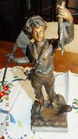 20. század eleji bronz  öntött spiáter szobor