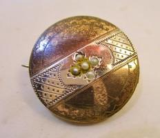 Szépséges antik gyöngyös aranyozott  bross