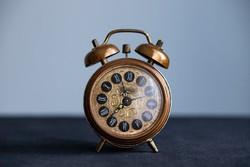 Hüttl régi óra
