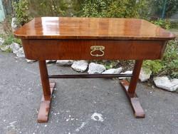 Antik Biedermeier íróasztal