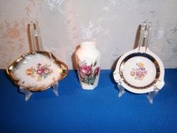 3 db nagyon szép virágos porcelán: Bavaria tálka és hamutál, Royal váza