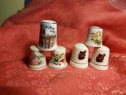 6 db. porcelán gyűszű
