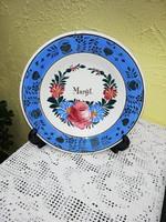 Apátfalva Neves tányér. Margit név felirat látható rajta, Gyűjtői darab, Nosztalgia