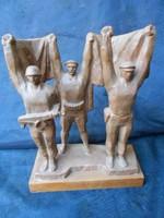 Kiss István(1927-1997) Kossuth-díjas és Munkácsy-díjas szobrászművész alkotása:Felszabadítók