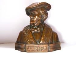 Régi Wagner szobor.