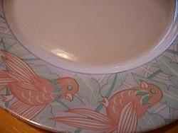 Madaras, lepkés arcopal tányér