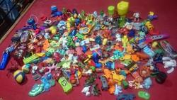 Mini figurák,játék figurák,kinder,ferrero,nestlé minden EGYBEN RENGETEG KÉPEK!!