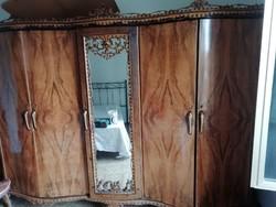 AKCIÓ! SZEKRÉNYVÁSÁR! KIÁRUSÍTÁS!Olasz chippendale ruhásszekrény, 50-es évek, nagyon szép darab