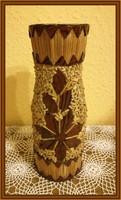 Gyufaszálakkal díszített üvegváza, kézműves termék