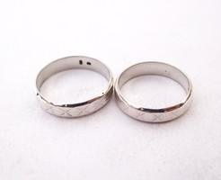 Ezüst jegygyűrű pár.