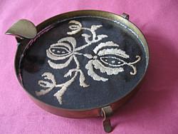 Art deco antik réz-üveg-hímzés hamutartó