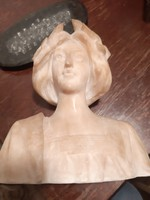 Alabastrom szobor