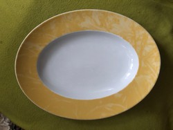 Pecsenyés vagy süteményes porcelán tál