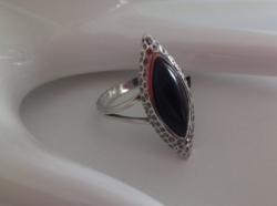 Gyönyörű fekete onix köves ezüst gyűrű