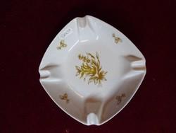 Hollóházi porcelán hamutál, barna mintával, mérete: 14,5 x 14,5 x 4 cm.