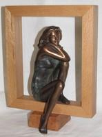 """Czobor Sándor """"Keretes Lukrécia"""" bronz kisplasztika certifikációval és ingyenes házhoz szállítással"""