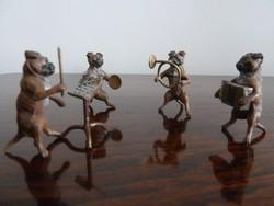 Bécsi Bronz zenélő mopsz kutyazenekar