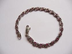 Ezüst karkötő rózsaszín kövekkel