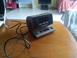 Retro Grundig Sono Clock 450 rádió
