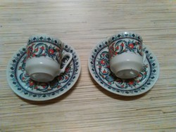 Porcelán kávés csészék kistányéral
