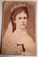 ERZSÉBET KIRÁLYNÉ SZISZI DÍSZMAGYAR ÖLTŐZET KORONÁZÁS EREDETI JELZETT FOTÓ FÉNYKÉP KUK HABSBURG 1867