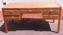6574 Képcsarnokos formatervezett retro íróasztal