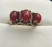 Gyémántokkal -Rubinnal  arany gyűrű