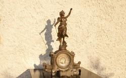 Francia Kandalló Óra, Asztali Óra