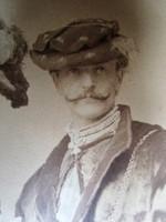WAGNER SÁNDOR MAGYAR FESTŐ ÉS NEJE FARSANG JELMEZ NAGY FOTÓ FÉNYKÉP cca 1880 PASZPARTU 47 CM JELZETT