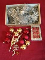 Karácsonyfadísz csomag üveg gömbökkel, csúcsdísszel, jégcsappal