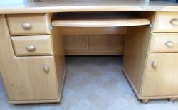 BRW íróasztal (mézéger)