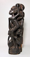 Faragott afrikai szobor