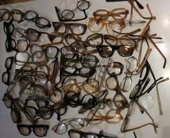 Retro szemüveg alkatrész gyűjtemény.