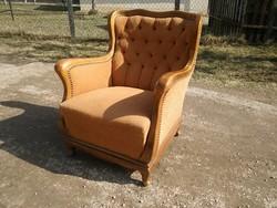 Nagyon szép formájú neobarokk kényelmes rugós fotel