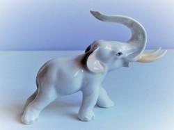 Herendi ritka fehér elefánt