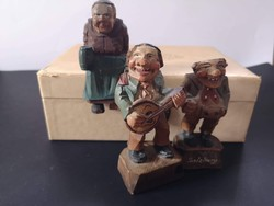 Faragott vintage német fa figurák