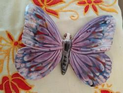 Gyönyörű kerámia pillangó
