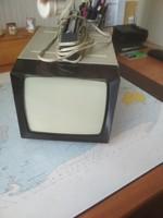 Hordozható televízió
