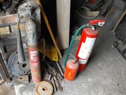 Olcsó Veterán autó s poroltó + 2 db tűzoltó készülék Loft industrial lámpának stb.
