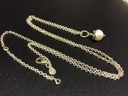 Eredeti  Pandora ezüst nyaklánc gyöngy cirkónia medállal