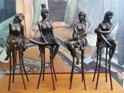 Erotikus bárhölgy bronz szobrok