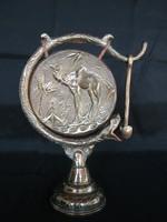 Réz kígyós tevés asztali gong ütővel ebédhívó gong