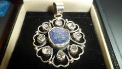 szecessziós jellegű ezüst medál