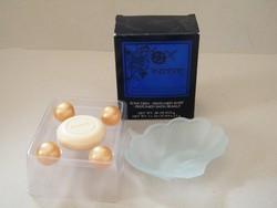 Ives Rocher Ispahan szappan és szappantartó dobozban